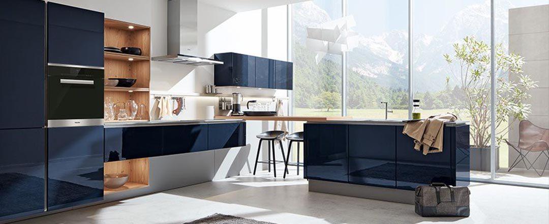 Häcker Küche AV 4030 Samtblau Wildeiche Designküche | Miele Center Höpperger Küchen Innsbruck | Küchen Tirol