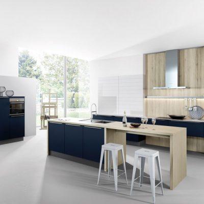 Häcker Küchen Systemat Designküche AV6000 Samtblau Mattlack | Miele Center Höpperger Küchen Innsbruck | Küchen Tirol