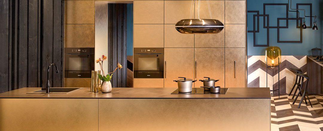 KH Küchen: neu bei Miele Center Höpperger in Innsbruck / Tirol