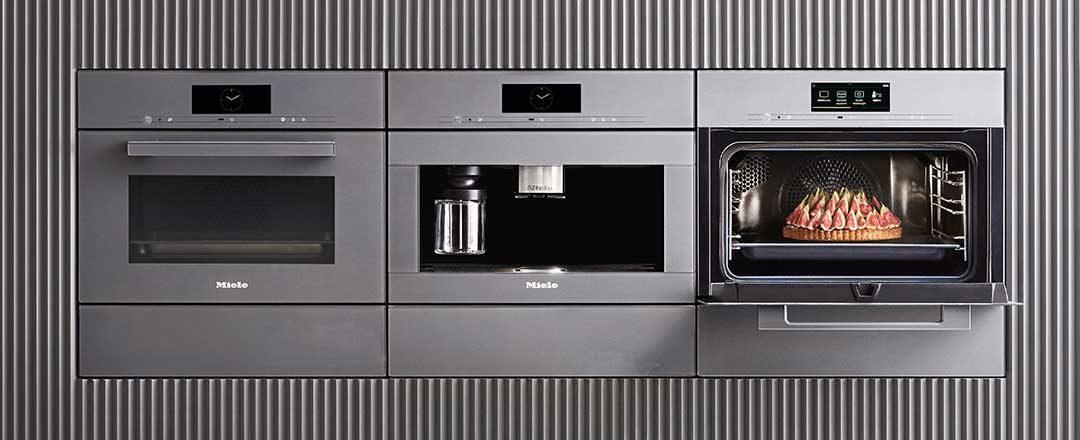 Hervorragende Funktionen und reduziertes Design von Miele für Ihre Küche bei Miele Center Höpperger in Tirol