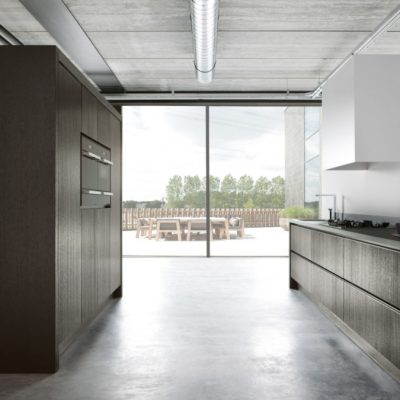 Warendorf Küche Authentich Designküche Holz DunkelWarendorf Küche Authentic Designküche Koeppert | Miele Center Höpperger Küchen Innsbruck | Küchen Tirol